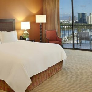Luxury Hawaii Honeymoon Packages Hilton Hawaiian Waikiki Beach Rainbow Tower Marina Ocean View Junior Suite