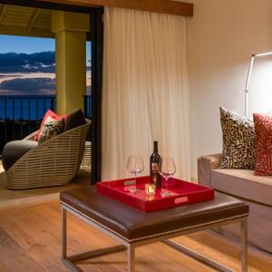 Ocean view suite 2 - hotel wailea maui - luxury hawaii honeymoon packages
