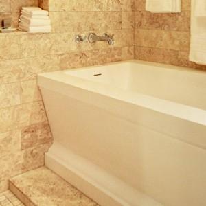 Ocean view suite 5 - hotel wailea maui - luxury hawaii honeymoon packages