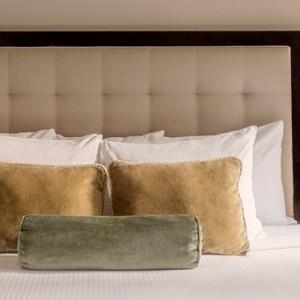 On The Avenue Suite - Warwick New York Hotel - Luxury new york honeymoon packages