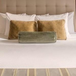 Premier Plus 2 - Warwick New York Hotel - Luxury new york honeymoon packages