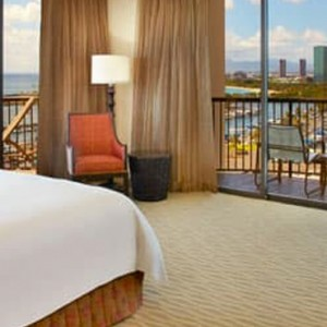 Rainbow Tower Corner Harbour View - Hilton Hawaiian Waikiki Beach - Luxury Hawaii Honeymoon Packages