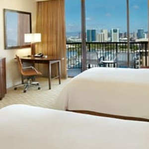 Rainbow Tower Harbour Ocean View Room 3 - Hilton Hawaiian Waikiki Beach - Luxury Hawaii Honeymoon Packages