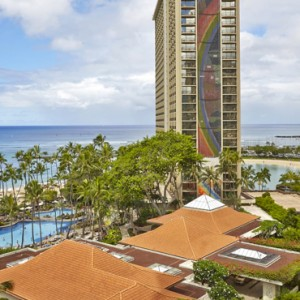 Tapa Tower Suite - Hilton Hawaiian Waikiki Beach - Luxury Hawaii Honeymoon Packages