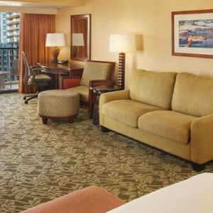 Village Tower Rooms 2 - Hilton Hawaiian Waikiki Beach - Luxury Hawaii Honeymoon Packages