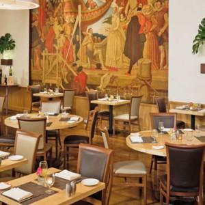 dining 2 - Warwick New York Hotel - Luxury new york honeymoon packages