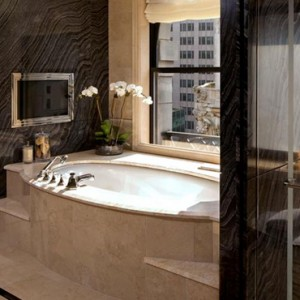 New York Honeymoon Packages The Peninsula New York Hotel Bathroom