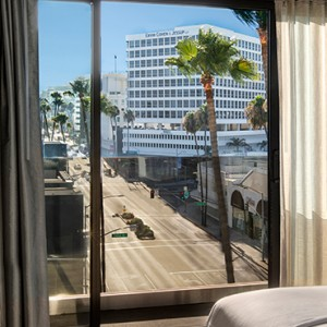 rooms 6 - SIXTY Beverly Hills - luxury los angeles honeymoon packages