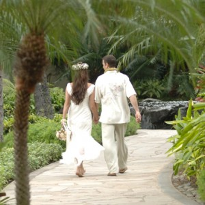 weddings - Hilton Hawaiian Waikiki Beach - Luxury Hawaii Honeymoon Packages