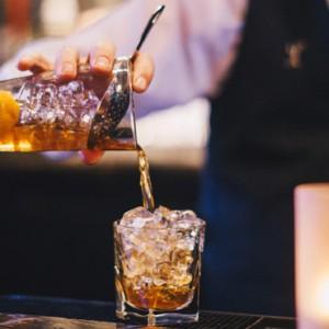 Luxury New York Honeymoon Packages - Lexington New York - Bar 2
