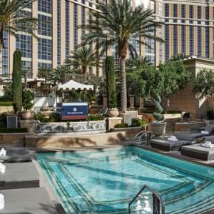 exterior - The Palazzo Las Vegas - Luxury Las Vegas Honeymoon Packages
