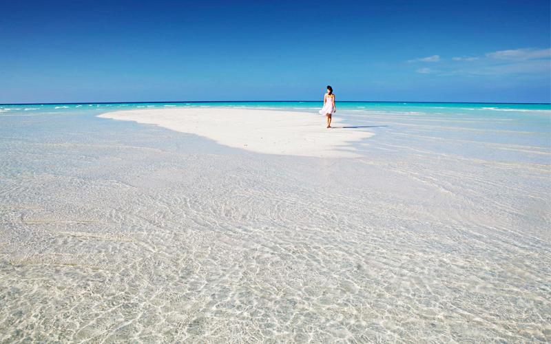 Kuramathi Island Honeymoon Packages Sandbank