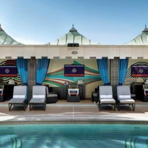 pool 2 - The Palazzo Las Vegas - Luxury Las Vegas Honeymoon Packages