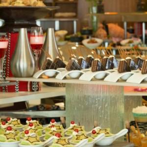 Abu Dhabi Honeymoon Packages Radisson Blu Yas Island Dining 3