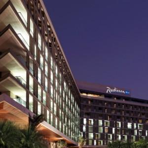 Abu Dhabi Honeymoon Packages Radisson Blu Yas Island Exterior