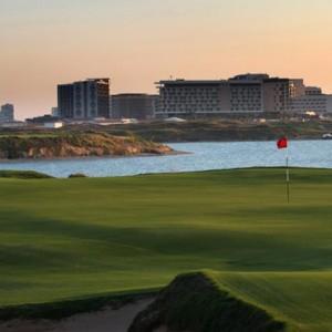 Abu Dhabi Honeymoon Packages Radisson Blu Yas Island Golf