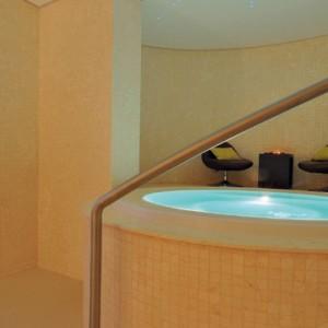 Abu Dhabi Honeymoon Packages Radisson Blu Yas Island Spa