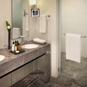 Abu Dhabi Honeymoon Packages The Ritz Carlton Abu Dhabi Grand Canal Deluxe King 6