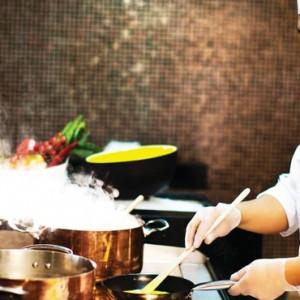 Abu Dhabi Honeymoon Packages The Ritz Carlton Abu Dhabi Grand Canal Dining