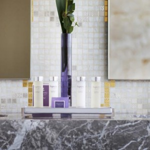 Abu Dhabi Honeymoon Packages The Ritz Carlton Abu Dhabi Grand Canal Rooms 3