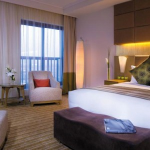Abu Dhabi Honeymoon Packages Traders Hotel Qaryat Al Beri Executive Suite 2