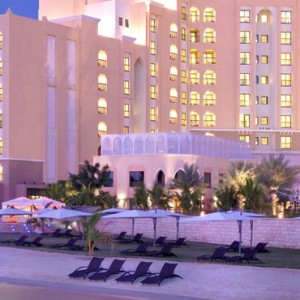 Abu Dhabi Honeymoon Packages Traders Hotel Qaryat Al Beri Exterior 2