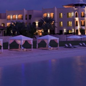 Abu Dhabi Honeymoon Packages Traders Hotel Qaryat Al Beri Exterior 4