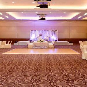 Abu Dhabi Honeymoon Packages Radisson Blu Hotel, Abu Dhabi Yas Island Wedding Ballroom