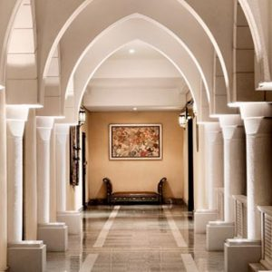 Abu Dhabi Honeymoon Packages Shangri La Hotel Qaryat Al Beri Porte Cochere