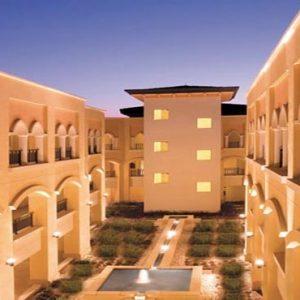 Abu Dhabi Honeymoon Packages Shangri La Hotel Qaryat Al Beri Shangri La Residences Courtyard