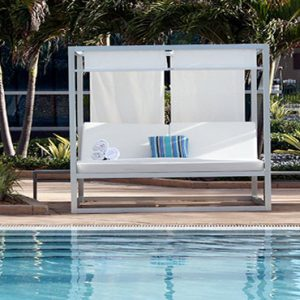 Day Beds By Pool Fontainebleau Miami Beach Miami Honeymoons