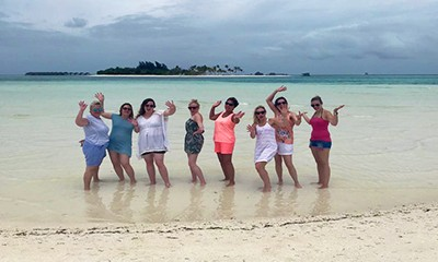 Estelle visits the luxurious Kanuhura in the Maldives