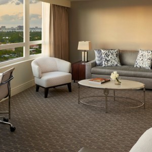 Miami Honeymoon Packages Fontainebleau Miami South Beach Bay View Junior Suite 2