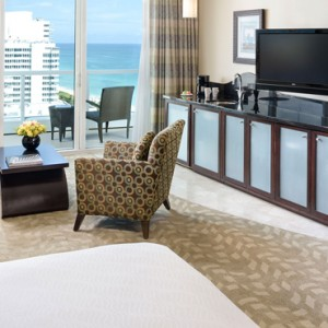 Miami Honeymoon Packages Fontainebleau Miami South Beach Sorrento Ocean View Junior Suite