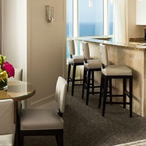Miami Honeymoon Packages Fontainebleau Miami South Beach Tresor Bay View One Bedroom Suite 2