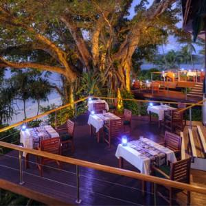 Fiji Honeymoon Packages Royal Davui Island Resort Fiji Dining 4