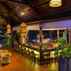 Fiji Honeymoon Packages Royal Davui Island Resort Fiji Dining 7