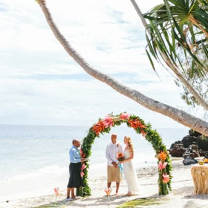 Fiji Honeymoon Packages Royal Davui Island Resort Fiji Wedding