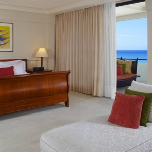 Hawaii Honeymoon Packages Royal Hawaiian Resort Ali I Suite 2