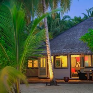 Maldives Honeymoon Packages Angsana Velavaru Beachfront Jet Pool Villa 2