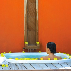 Maldives Honeymoon Packages Angsana Velavaru Beachfront Jet Pool Villa 3