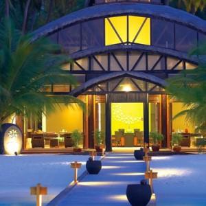 Maldives Honeymoon Packages Angsana Velavaru Exterior 2