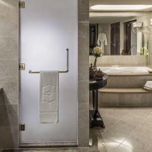 Abu Dhabi Honeymoon Packages Shangri La Al Husn Resort And Spa Al Husn Speciality Suite 3
