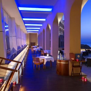Abu Dhabi Honeymoon Packages Shangri La Al Husn Resort And Spa Sultanah Restaurant