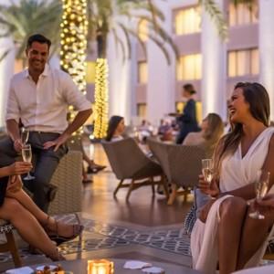 Abu Dhabi Honeymoon Packages Shangri La Al Husn Resort And Spa Dining