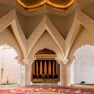 Abu Dhabi Honeymoon Packages Shangri La Al Husn Resort And Spa Lobby