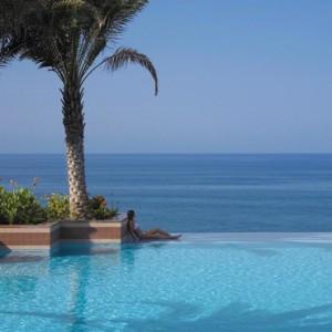 Abu Dhabi Honeymoon Packages Shangri La Al Husn Resort And Spa Pool 4