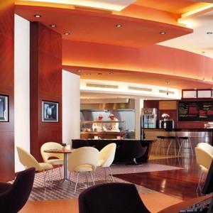 Oman Honeymoon Packages Al Bandar At Shangri La AlJissah Dining 3