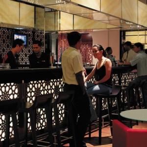 Oman Honeymoon Packages Al Bandar At Shangri La AlJissah Dinng