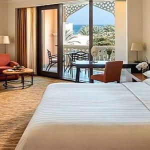Oman Honeymoon Packages Al Bandar At Shangri La AlJissah Premier Room 2